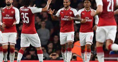 Arsenal ngày chiến thắng đượm buồn