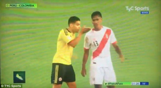 World Cup 2018 bị làm xấu bởi hành vi không tốt