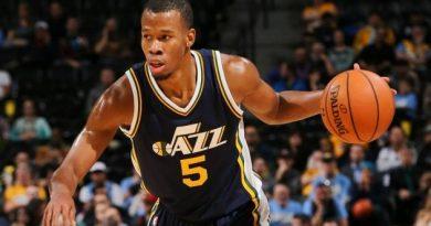 Rodney Hood của Utah Jazz bị phạt nặng vì hành vi thiếu kiềm chế