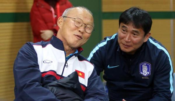 HLV U23 Hàn Quốc chỉ cách cho ông Park đánh bại U23 Seria