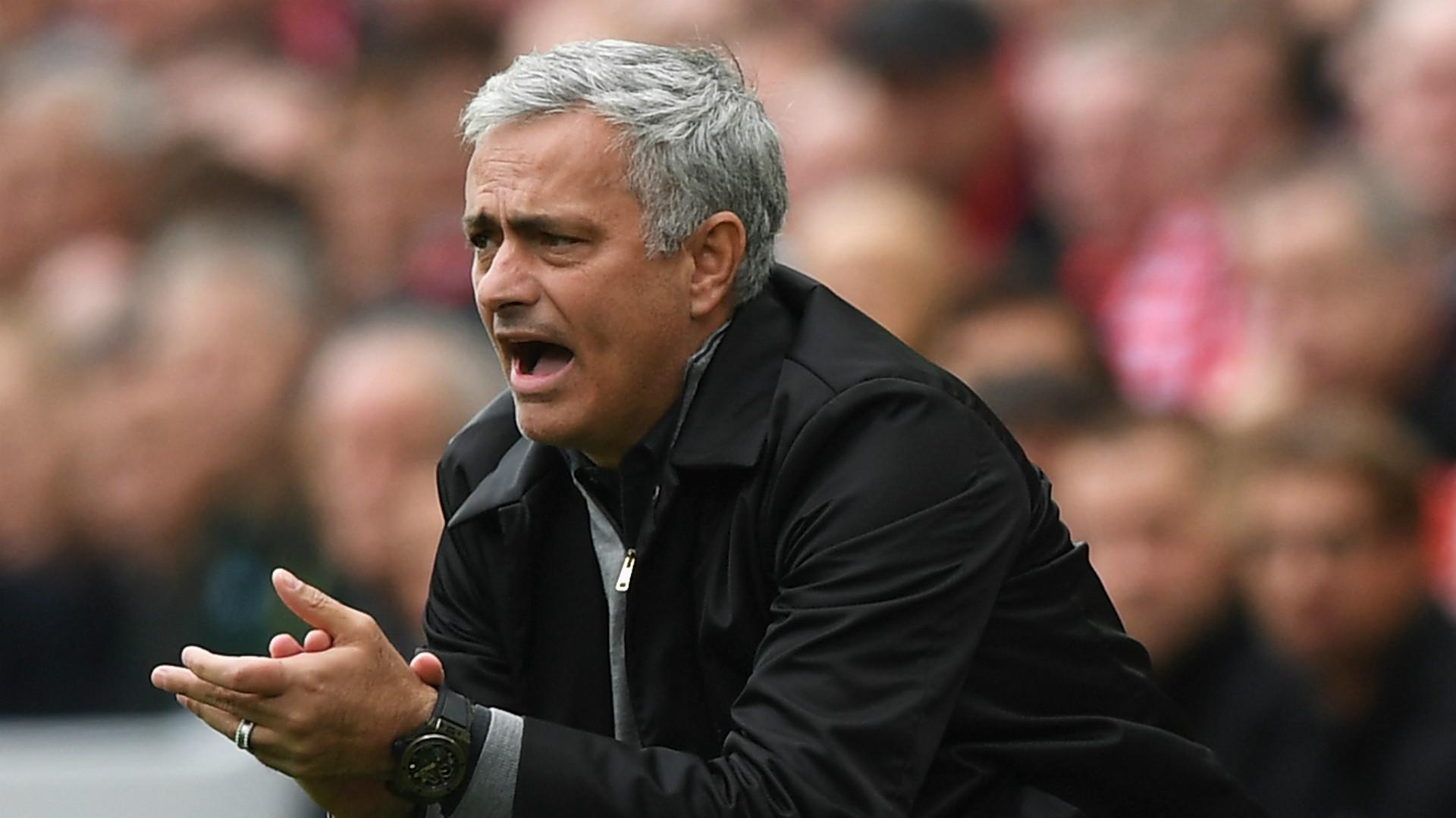 Mourinho muốn cải biên Man United tại Ngoại Hạng