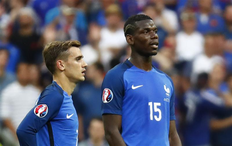 Pogba danh loi co canh cho griezmann