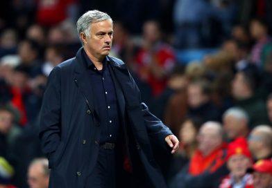 Ấn định thời gian M.U sa thải Mourinho