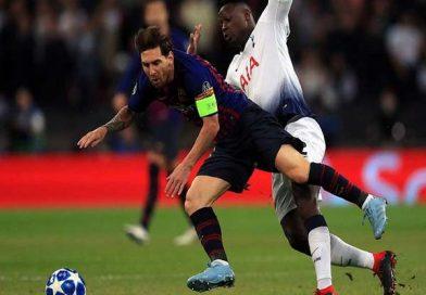 Messi san bằng kỷ lục của Ronaldo tại Champions League