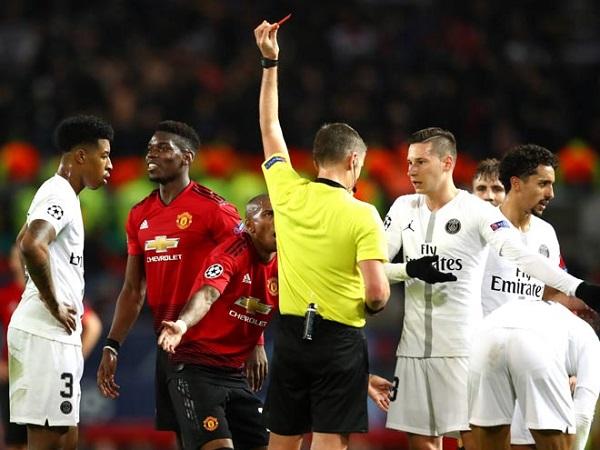 """Tại sao """"Quỷ đỏ"""" thua PSG?"""