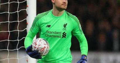 Chuyển nhượng Liverpool 27/3: Mignolet kiên quyết bám trụ ở Liverpool