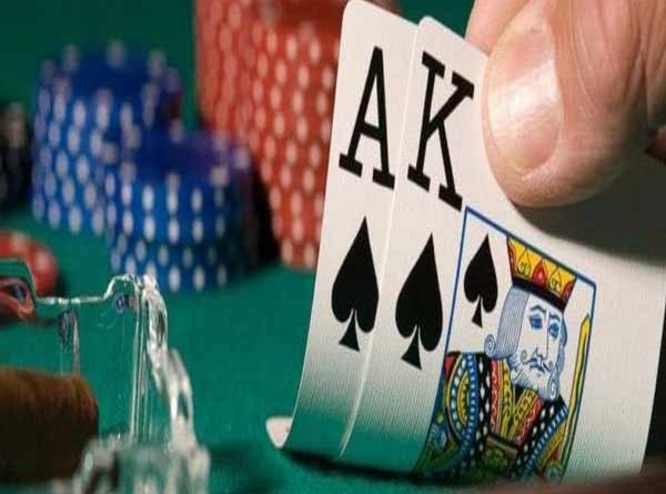 Poker là trò chơi bài được yêu thích