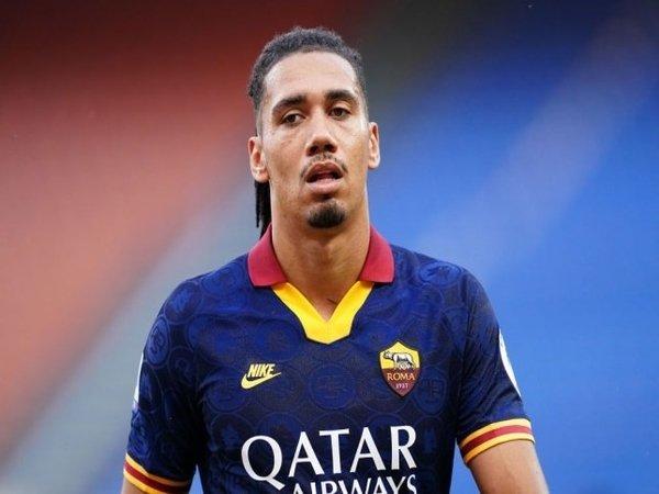 Chuyển nhượng bóng đá Châu Âu 1/10: Smalling sắp trở lại AS Roma
