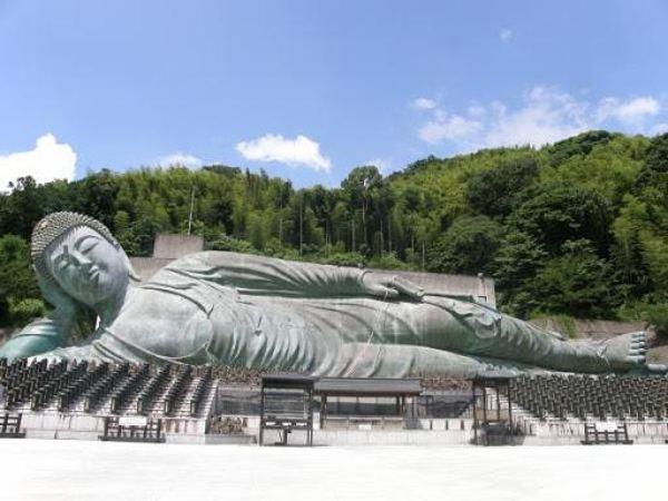 Mơ thấy tượng Phật là điềm báo lành hay dữ?