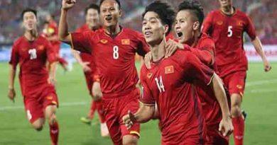Tiết lộ chi tiết lương cầu thủ Việt Nam nổi tiếng nhất là bao nhiêu?