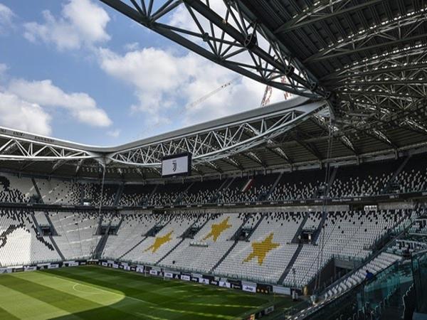 Một góc sân vận động Juventus lúc bấy giờ.