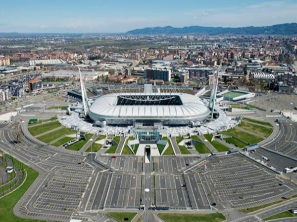 Toàn cảnh sân vận động Juventus.