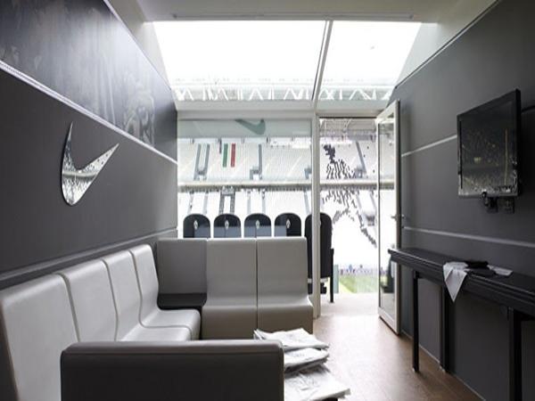 Phòng VIP cho những khách mời đặc biệt đến xem trận đấu.