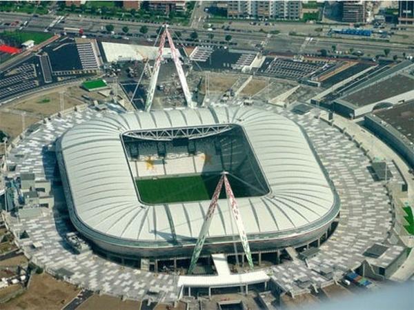 """Sân Juventus - Thánh địa """"bà đầm già"""" thành Turin."""