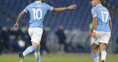 Nhận định bóng đá Napoli vs Lazio (1h45 ngày 23/4)