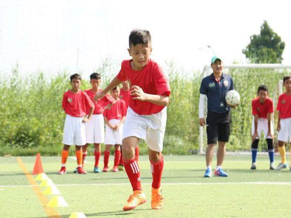 Thần đồng bóng đá Việt Nam sẵn sàng cống hiến đội tuyển
