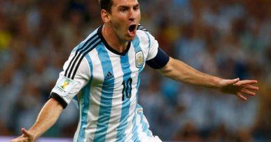 Chuyển nhượng 1/7: Messi trở thành cầu thủ tự do